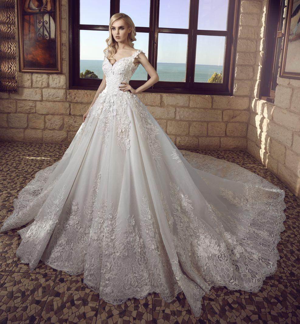 Wedding dresses I Bridal and bridesmaid gowns I Beirut - Lebanon